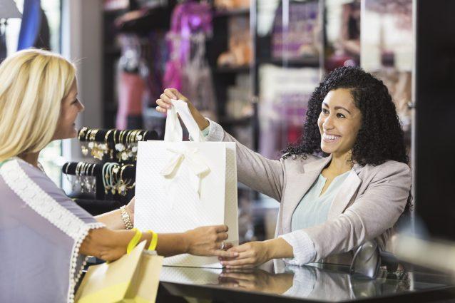 permessi retribuiti contratto commercio terziario distribuzione servizi
