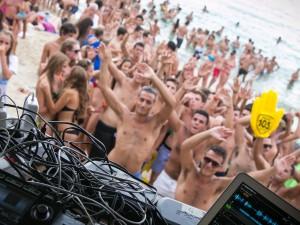 Bacardí Summer Wave 2015 conquista l'isola d'Elba a suon di musica e cocktail