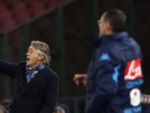 NAPLES, ITALY - JANUARY 19:  Head coach of Inter Roberto Mancini gestures during the TIM Cup match between SSC Napoli and FC Internazionale Milano at Stadio San Paolo on January 19, 2016 in Naples, Italy.  (Photo by Maurizio Lagana/Getty Images)