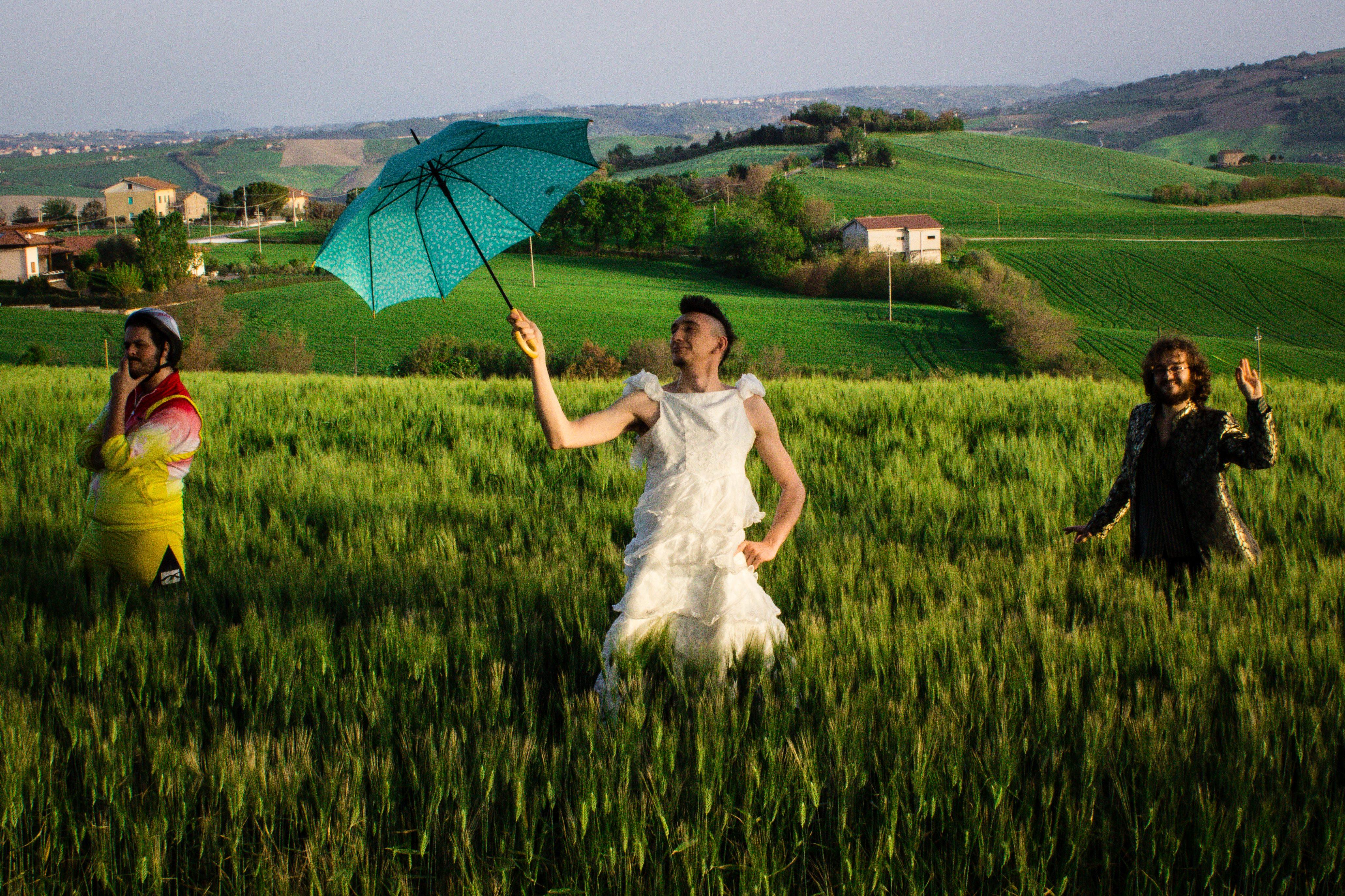 capabrò maria antonietta tour musica intervista angelo andrea vegliante blog fanpage autori disco album corsa labella