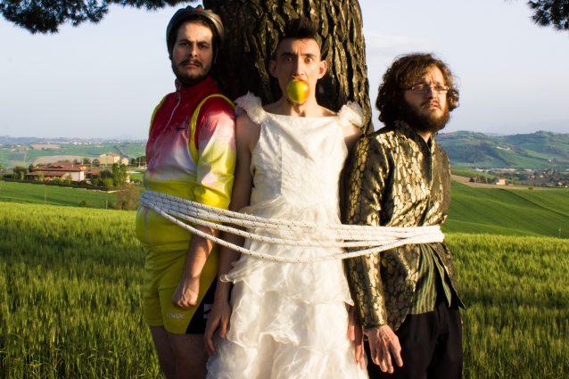 capabrò maria antonietta tour musica intervista angelo andrea vegliante blog fanpage autori disco album corsa