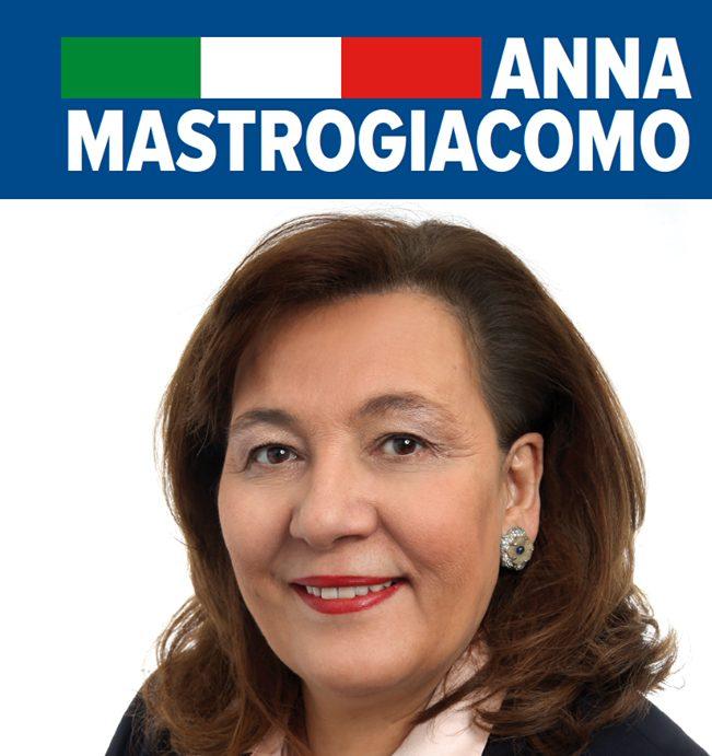 Conosciamo i candidati all 39 estero anna mastrogiacomo for Cucinare nei vari dialetti italiani