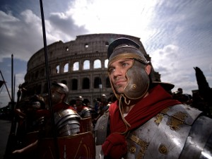 Gladiatori al Colosseo per festeggiare il Natale di Roma