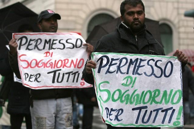 Roma, diritti negati ai rifugiati. Il Viminale alla Questura ...