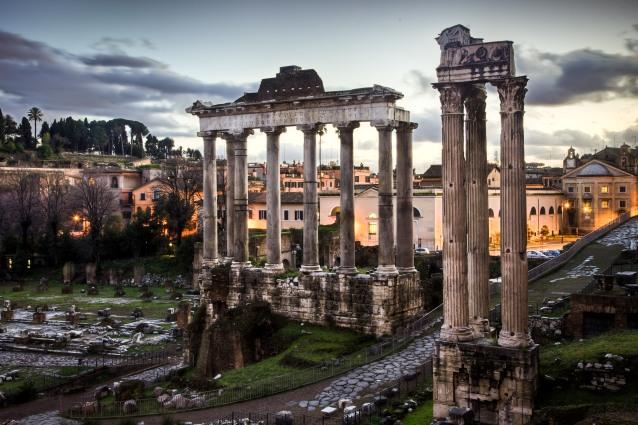 """Roma, scoperto un importante sarcofago ai Fori Imperiali. """"M"""