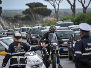 Incidenti e auto in fiamme: paralizzato il Grande Raccordo Anulare