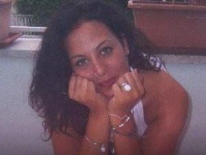 Uccise la ex a sangue freddo, condannato a 20 anni: rivolta dei parenti della vittima