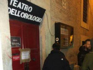 """Sigilli al Teatro dell'Orologio, i gestori alle istituzioni: """"Cosa dobbiamo fare?"""""""
