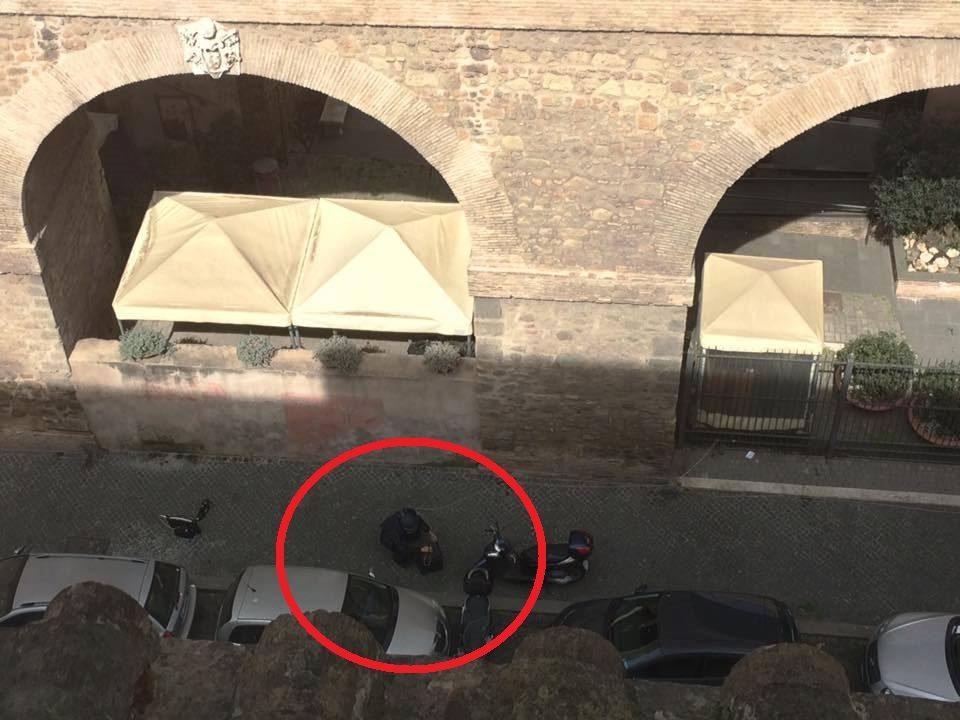 Falso allarme bomba nei pressi di piazza san pietro era - Allarme bomba porta di roma ...