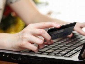 Oscurati due noti siti di E-commerce: avevano prezzi concorrenziali perché evadevano l'Iva
