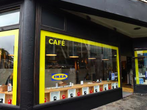 L'ingresso del 'pop up store' di Ikea a Londra