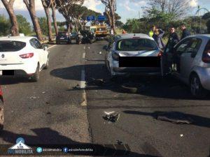 Incidente sulla Pontina, coinvolte tre vetture: code in aumento verso Latina