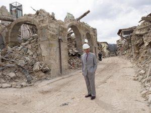 Terremoto, il principe Carlo fa una donazione per Amatrice