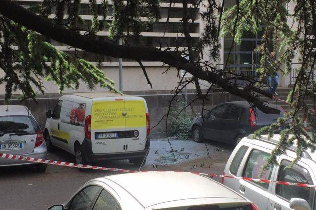 """Bomba al Palazzo delle Poste: """"Due ordigni radio comandati"""""""
