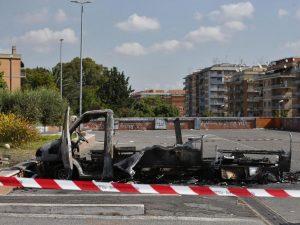 Roma, rogo campo, morte 3 sorelle rom: le indagini