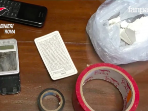Rebibbia, ordinavano la droga da spacciare nel carcere per telefono: sei arresti