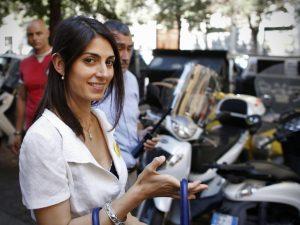 Inchiesta sulle nomine, la sindaca di Roma Virginia Raggi in procura per dichiarazioni spontanee