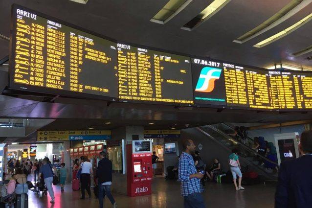Guasto a un treno alta velocità, 400 passeggeri bloccati nelle campagne ciociare