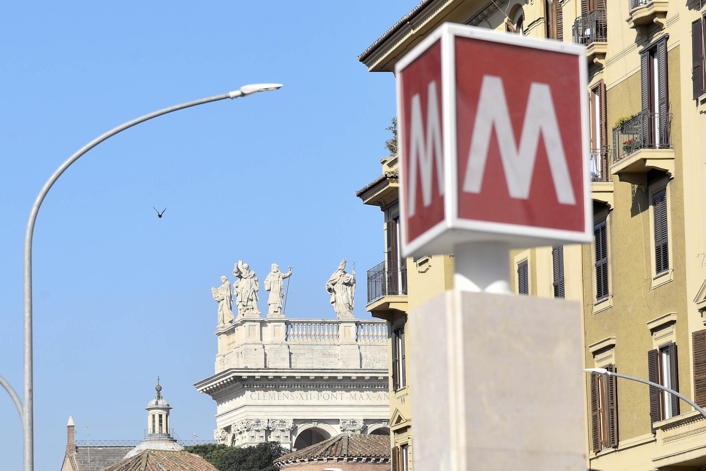 Trasporti al collasso: dal Governo 425 milioni per la metro A e B di Roma