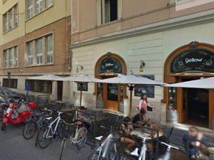 """Ragazza violentata a Roma, la versione del 22enne arrestato: """"Lei era consenziente"""""""