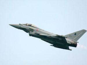 Aereo diretto a Ciampino in silenzio radio: due caccia militari lo intercettano