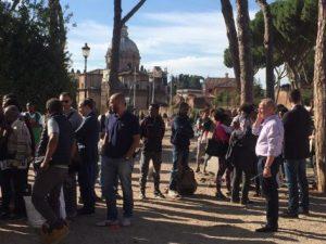 Nuovo sgombero per i rifugiati: la polizia smonta il presidio di piazza Venezia