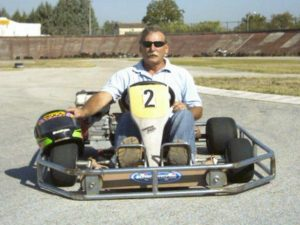 Salvatore, 67 anni e tre tumori alle spalle, torna a gestire la sua pista di go-kart
