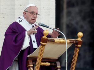Visite mediche e pasti gratis per i poveri fino a domenica: l'iniziativa del Vaticano