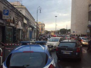 Roma, sparatoria all'alba alla Stazione Termini: gambizzato un uomo