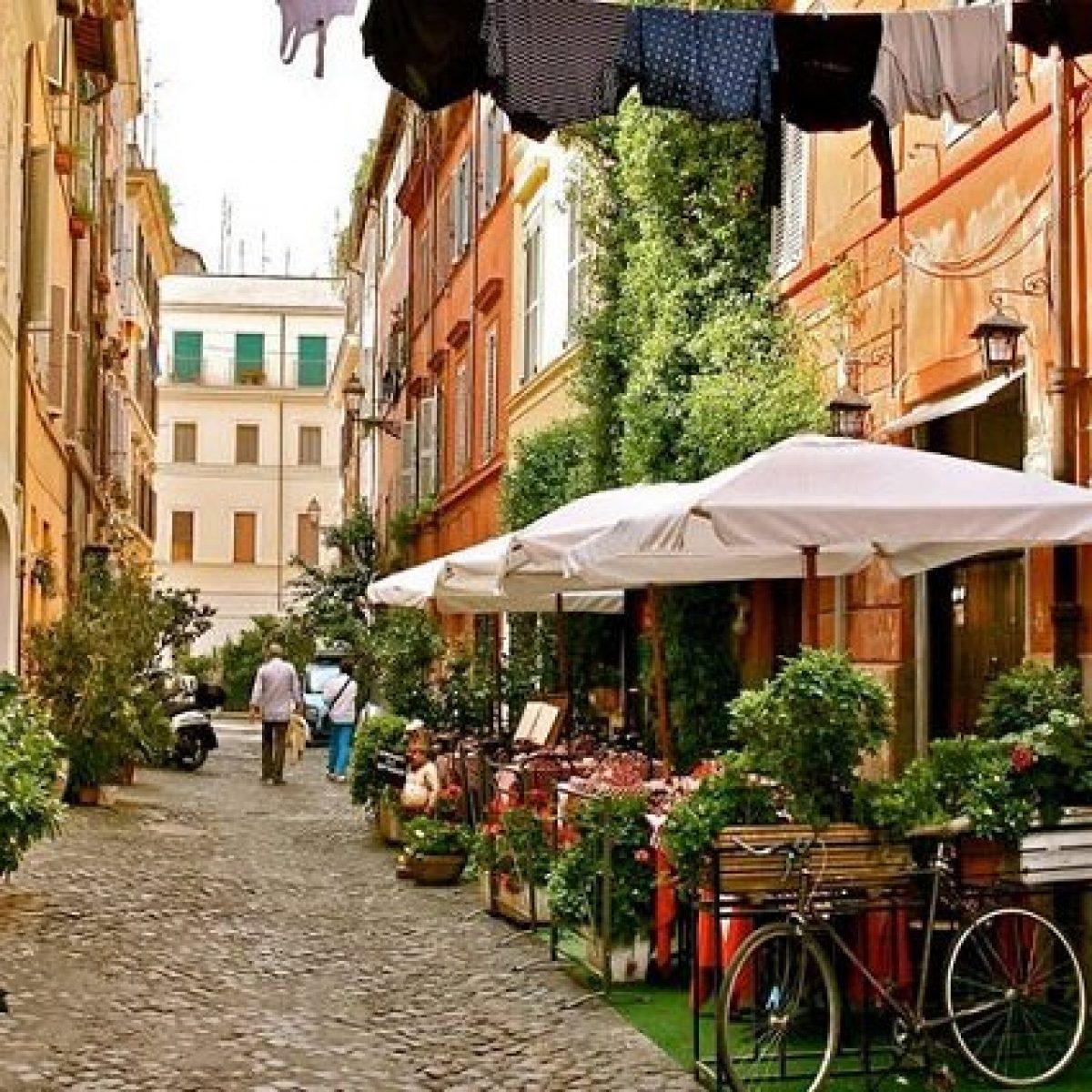 15b439b93d Mercato immobiliare, i prezzi scendono ancora: il 2019 l'anno buono per  comprare casa a Roma