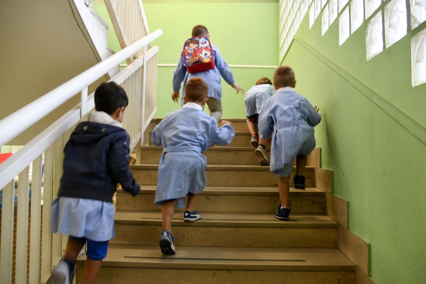 Risultati immagini per Johnatan Trupia il maestro pedofilo condannato a 8 anni