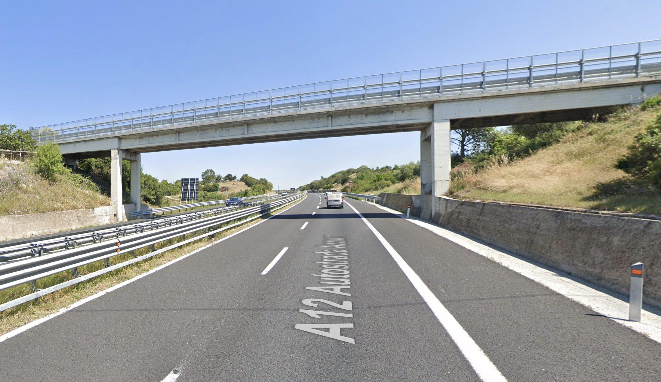 Roma: Un uomo è stato lasciato dalla sua donna, decide di lanciarsi dal cavalcavia