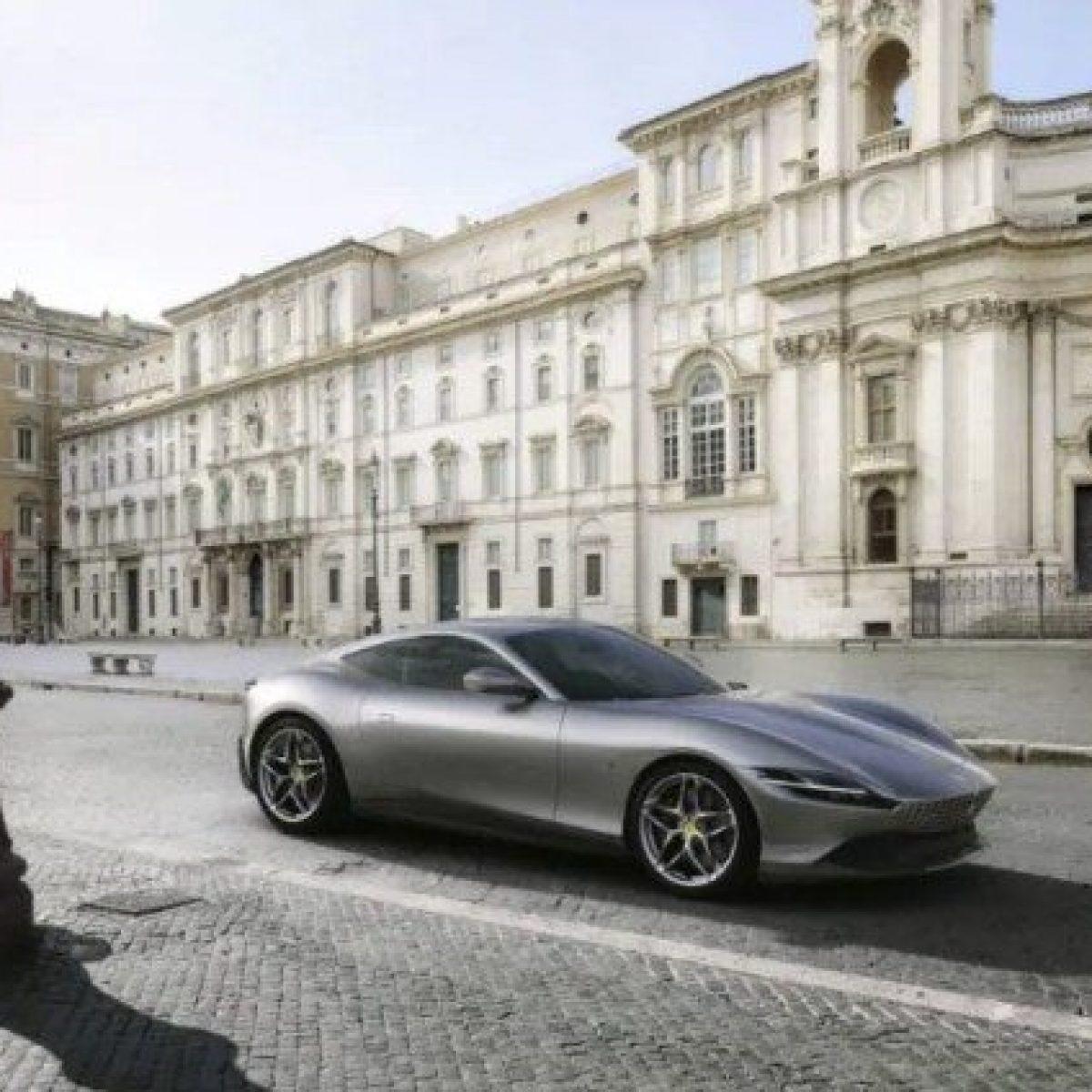 La nuova Ferrari Roma omaggio alla Dolce Vita per