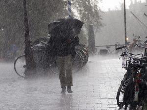 Meteo, grandine e vento fortissimo a Roma: miglioramento già