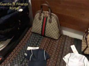 Pigneto, scoperta boutique del falso: 1500 articoli tra Gucc