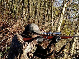 Cori, cacciatore si spara sul piede e perde tre dita: polizia lo denuncia ...