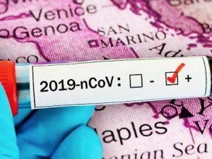 """Coronavirus, cinesi guariti allo Spallanzani: """"Grazie medici"""