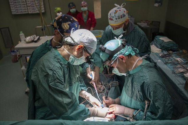 Trapianti d'organo al Bambino Gesù: chirurghi salvano due bi