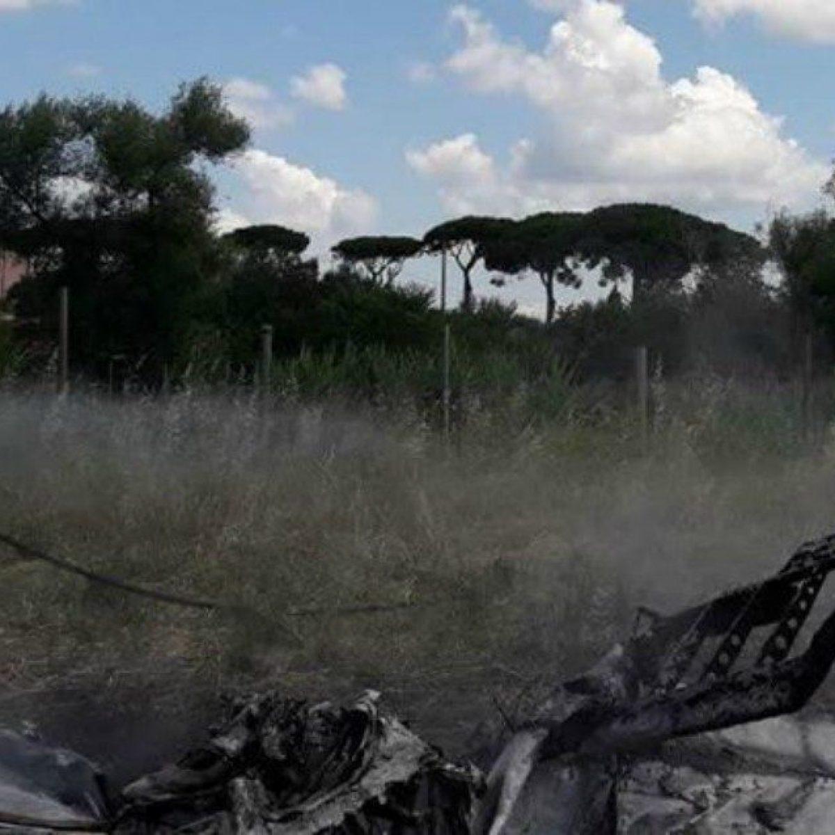 Incidente Aereo A Nettuno Ultraleggero Cade E Prende Fuoco Morti Pilota E Passeggero