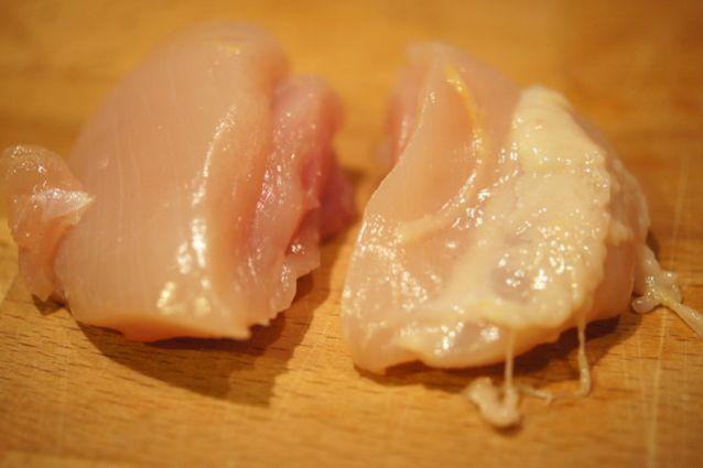Involtini di pollo la ricetta al forno e in padella - Cucina fanpage ricette ...