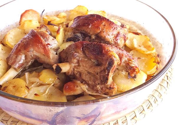 Agnello al forno con patate ricetta e varianti - Cucina fanpage secondi piatti ...
