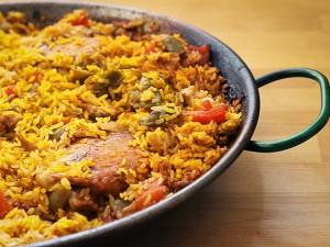 Paella de marisco ricetta originale della paella di pesce - Cucina fanpage secondi piatti ...