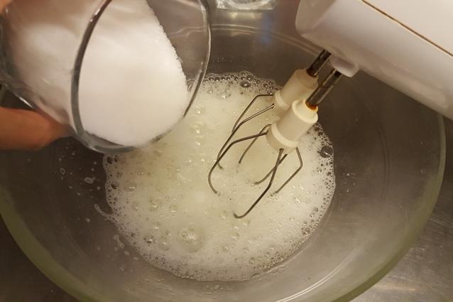 Brutti ma buoni la ricetta originale dei biscotti morbidi alle nocciole - Cucina fanpage facebook ...
