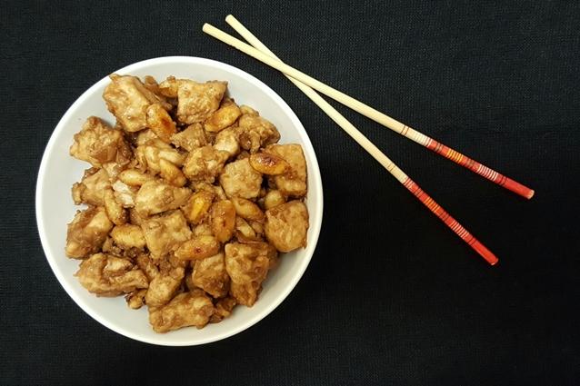 Pollo alle mandorle la ricetta originale cinese for Una salsa da cucina cinese
