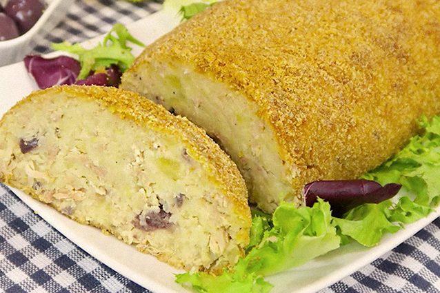 Polpettone di tonno e patate la ricetta per un secondo piatto sfizioso e saporito - Cucina fanpage secondi piatti ...