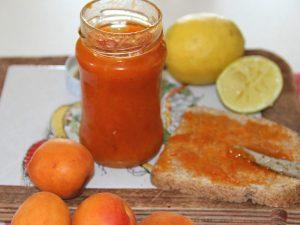 Marmellata di albicocche: la ricetta per farla in casa