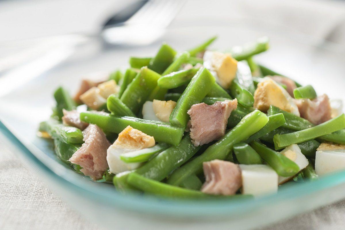Insalata di avocado l 39 idea fresca e gustosa per i vostri pranzi estivi - Cucina fanpage ricette ...