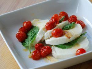 Insalata caprese: la ricetta tipica campana freschissima e veloce da preparare