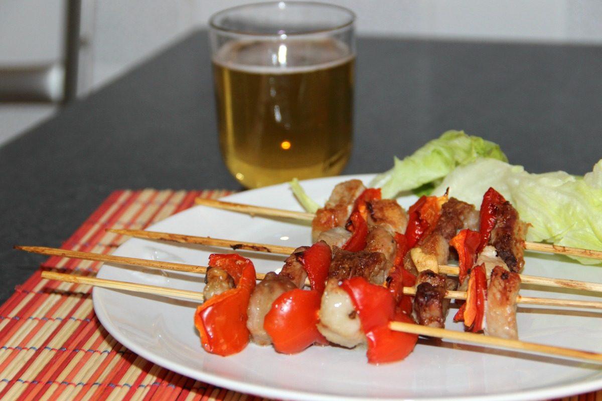 Spiedini di carne alla birra la ricetta di un secondo piatto facile e saporito - Cucina fanpage secondi piatti ...