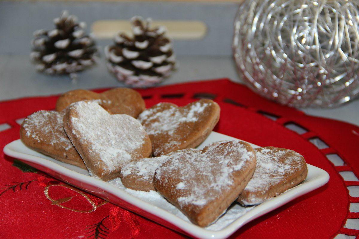 Ricette Di Biscotti Da Regalare A Natale.Biscotti Alla Cannella La Ricetta Semplice Dei Biscotti Da Regalare